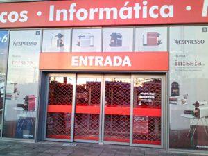 Rotulacion-comercial-campan_as-Nespresso-Zaragoza-Mediamark