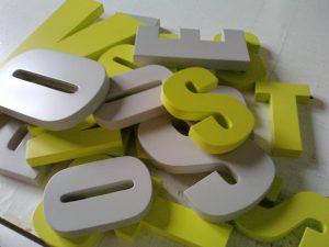 Letras corpóreas con volumen PVC