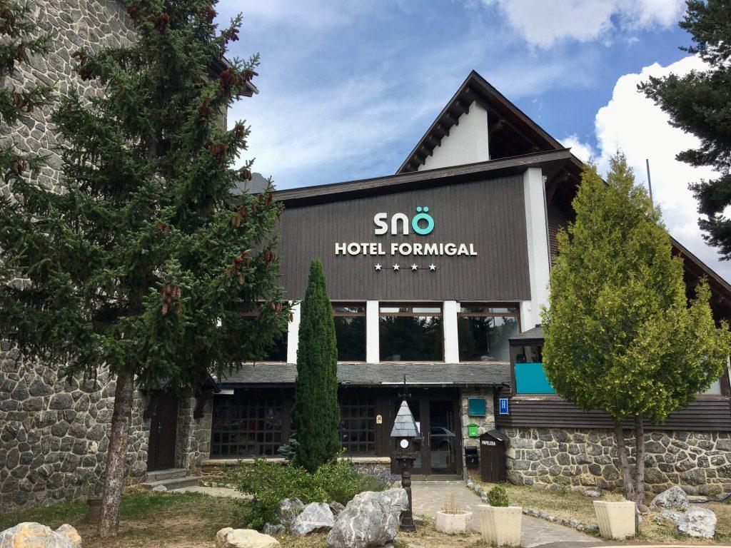 ROTULO LETRAS CORPOREAS HOTEL SNO FORMIGAL